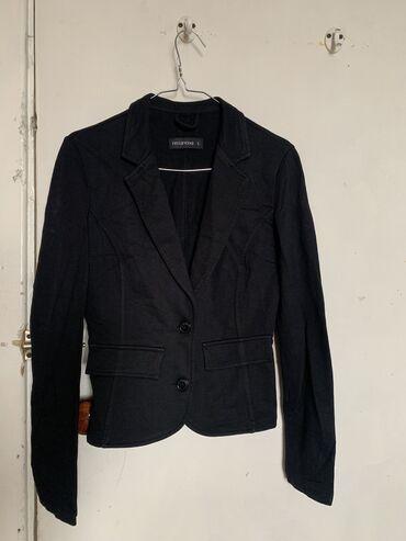 Легкий пиджак в отличном состоянии