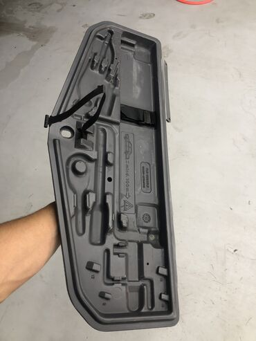 продажа бу инструмента в Кыргызстан: Продаю полку для инструментов на BMW E39 E38 в отличном состоянии