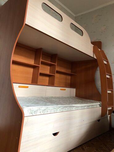 Продаётся двухъярусная кровать с двумя Ортопедическими матрацами!!!-