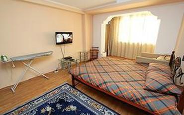 Квартиры посуточно район политех 3 часа-500 сом ночь-1200 сом в Бишкек