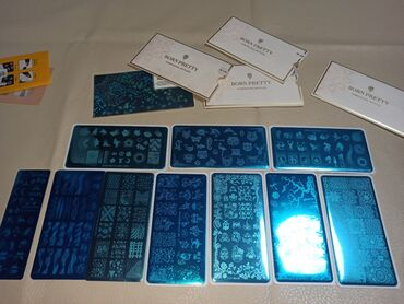 полочка для лаков в Кыргызстан: Продаю пластины 10шт борн претти отличного качество + краски 2шт