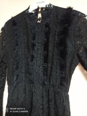 Продаю платье, совсем новое ( одевала всего один раз) . Размер м