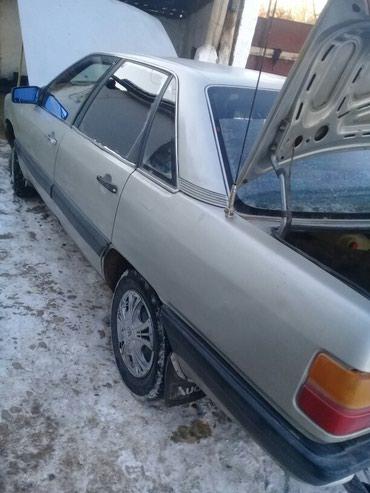 Audi 100 1983 в Токмак