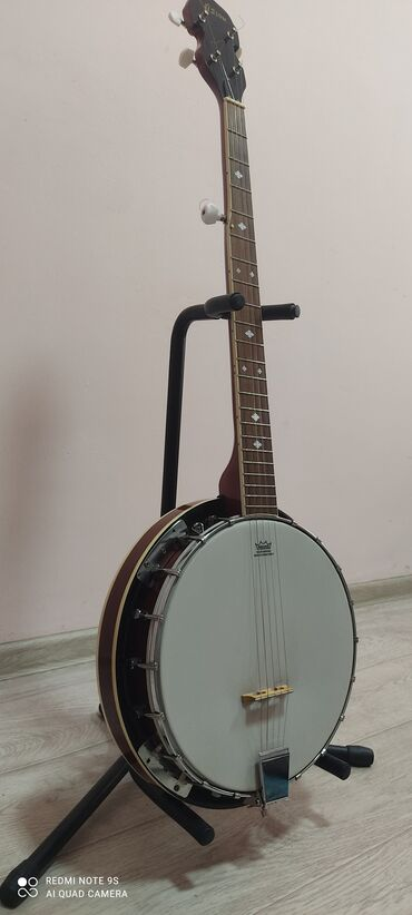 Продается банджо с встроенным звукоснимателем! Пр-о Германия (5струн)