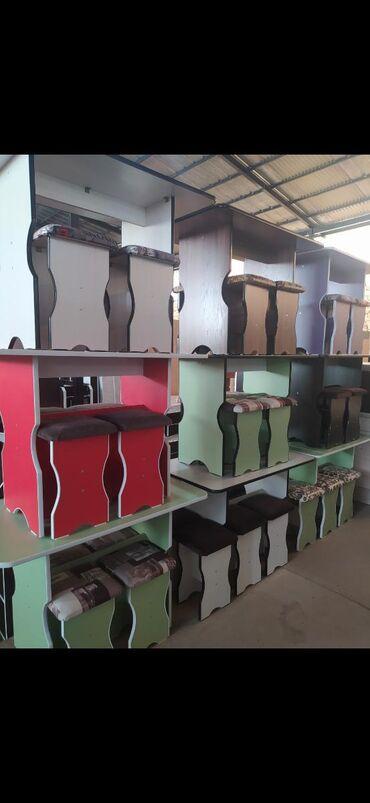 Кухонный стол с табуреткамиРоссийский ламинатСтол стулчикСтол со