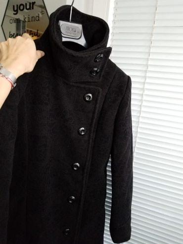 Kaput amisu placen - Srbija: Crni kaput kao nov, placen 9.000