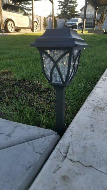Ostali kućni aparati - Velika Plana: Pakovanje od 6 solarnih lampi i nastavaka za njihovo instaliranje