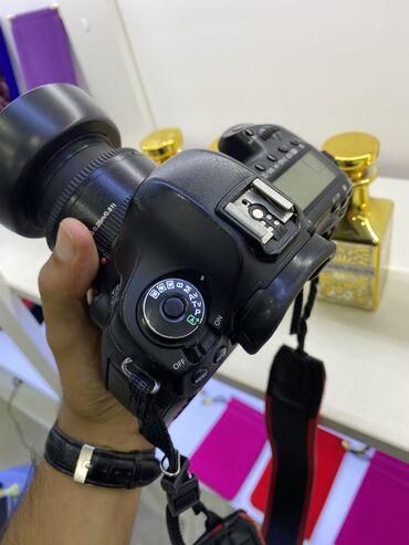 - Azərbaycan: Canon eos 5D Mark 3 aparatda hec bir problemi yoxdur acilmayib