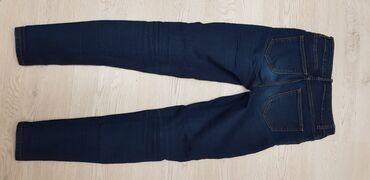 Джинсы - Б/у - Бишкек: Большой выбор джинсов. Цена от 500 до 900 сом. Нужно мерить, девочки