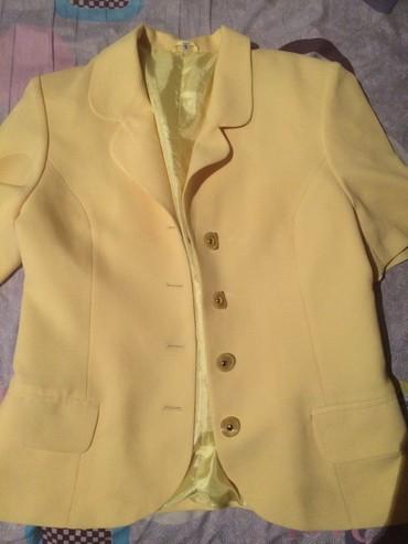 Пиджакв отличном состоянии размер 44.рРукава короткие