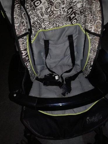 Jungle kolica u odlicnom stanju od rodjena do tri godine. Sedite je - Ruma