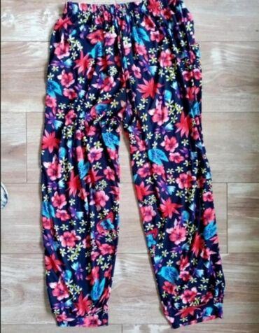 Letnje pantalone - Srbija: Letnje pantalone, lagane sve po 300 dinara. Ako se poruči više komada
