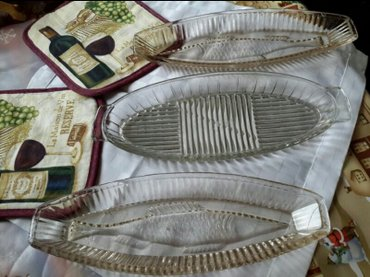 Bakı şəhərində 🌷🌷🌷продаю 3 стеклянные селёдочницы