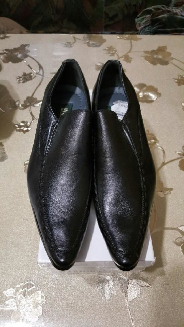 bosonozhki kozha 41 в Кыргызстан: Продаю кожанные туфли новые мужские 41го размера черного цвета