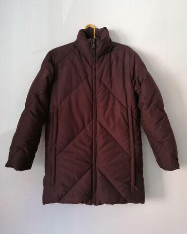 Vero Piumino kvalitetna jakna poznatog italijanskog brenda.  Izuzet