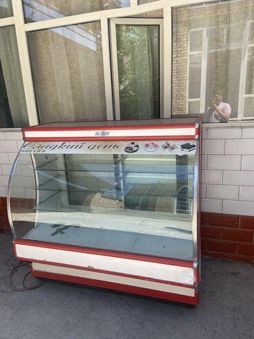 Витринный холодильник требуется ремонт  г. Джалал-Абад Цена 7000 сом