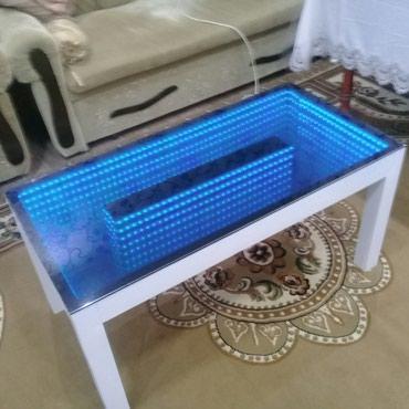 Qazax şəhərində Sifariş pultla rengleri seclir özde rengleri deyise bilir. her cur