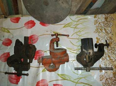 Тиски в Кыргызстан: Тиски отличном состоянии! Черный с наковальней 3000, остальное по