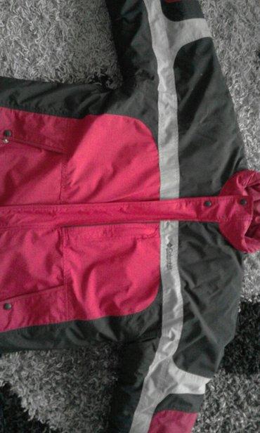 Columbia zimska jakna. Opasno topla, nigde pocepana malo nošena. Lepa - Lebane
