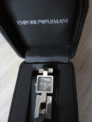 Bakı şəhərində Qadın Gümüşü Dəbli Qol saatı Armani Exchange