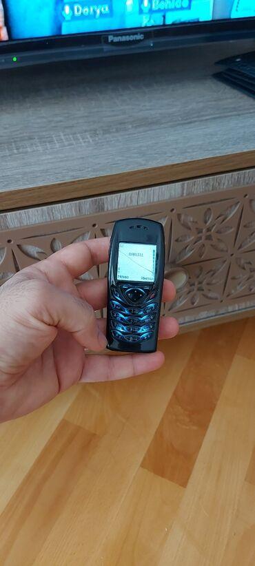 nokia 6300 almaq - Azərbaycan: 61 00 (prezidentski) 2004 cu il ilk cixan telefonlardandi .az ishlenib