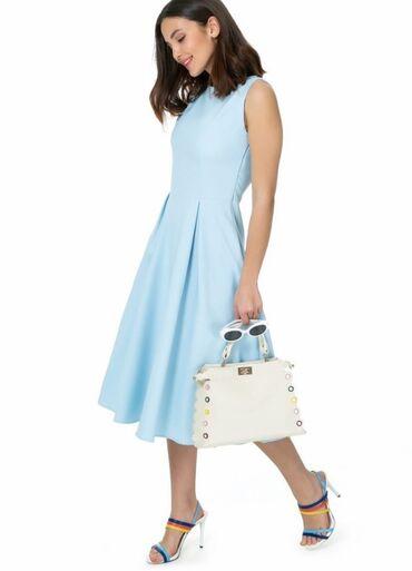 В наличии красивое красное и голубое платье, размер 38 (М) Турция
