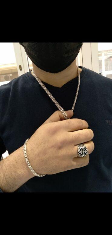 lipuçkalı kişi ayaqqabısı - Azərbaycan: Gümüş əl işi dəst . Sep+qolbag 67 qram. Tək üzük 9,38 qram. Tək üzük