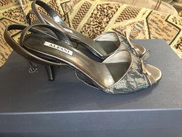 Туфли Alfani итальянского брендаРазмер 38Состояние: Б/у в очень