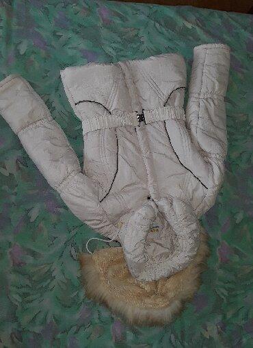 Zimske-jakne - Srbija: Zenska zimska jakna, u odlicnom stanju, i super greje zimi, velicina L
