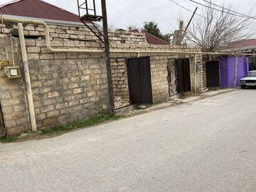 - Azərbaycan: Satılır Ev 35 kv. m, Studiya