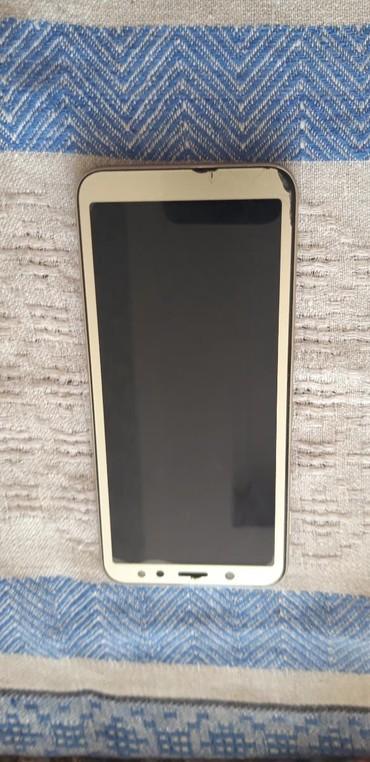 Sumqayıt şəhərində İşlənmiş Samsung Galaxy J6 2018 32 GB qızılı