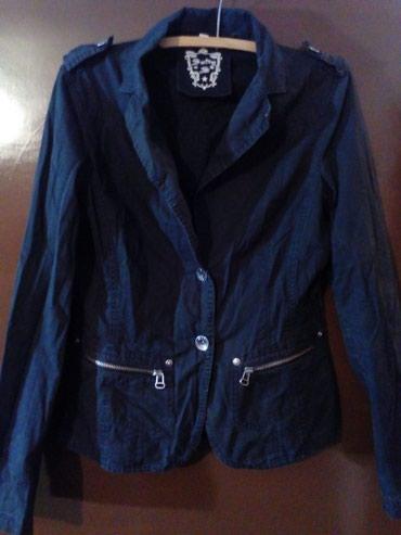 Ženska jaknica,ustručena,čvrst materijal ,kao teksas. - Belgrade