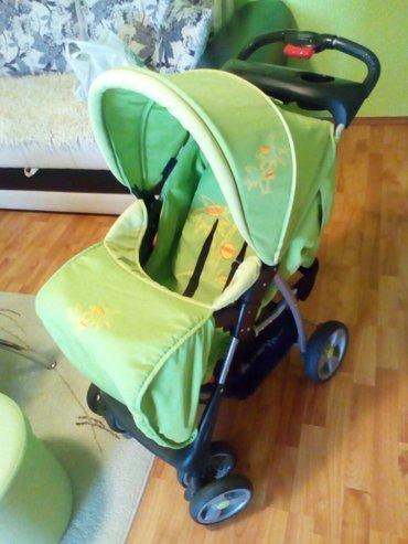 Dječija kolica skroz očuvana ,može da leži beba da sedi,nigdje - Belgrade