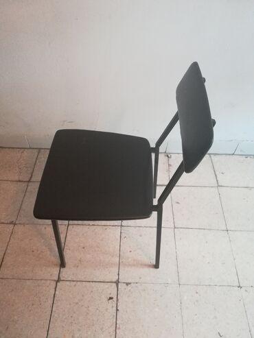 Prodajem stolicu. Licno preuzimanje