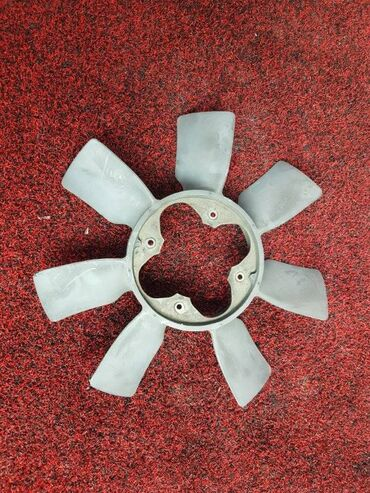вентилятор бишкек in Кыргызстан | ДРУГИЕ СПЕЦИАЛЬНОСТИ: Вентилятор Toyota Hilux Surf RZN185 3RZ 1999 (б/у)