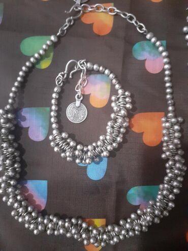 Босоножки серебро - Кыргызстан: Набор добротный очень богато смотрится. под серебро. покупала бишкек