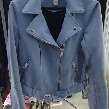 Nova H&M jakna prevrnuta koza Velicina M