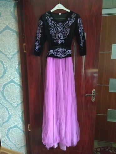 Платье в новом состоянии одевала один раз размер 44 в Бишкек