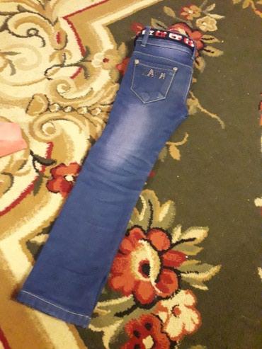 Детские начесовые джинсовые штаны на 5-6 лет в Бишкек
