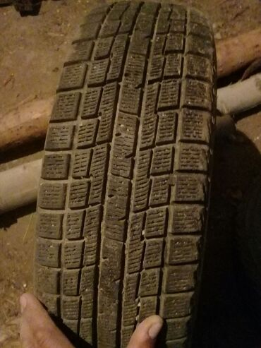 Транспорт - Кызыл-Суу: Продаю 4шт японские 1шт испанский производства шины размер 175/65/14