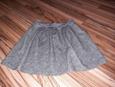 Suknja vel M Boja crno-bela