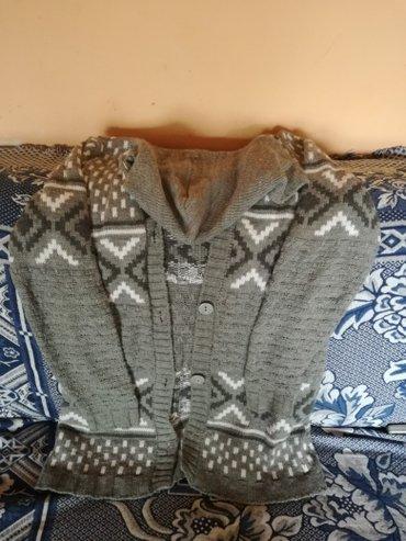 Kvalitetan ženski džemper sa kapuljačom L veličina. - Novi Sad
