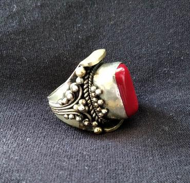 Афганский винтажный этнический перстень с кораллом. Ручная работа