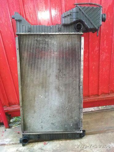 Радиатор от Спринтера TDI