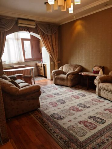 bmw 1 серия 123d mt в Кыргызстан: Продается квартира: 1 комната, 42 кв. м