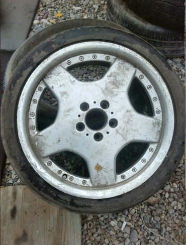 диски моноблок в Кыргызстан: Продам 1 диск с резиной, оригинал моноблок! Размер 225/40/18