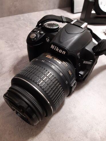 Фотоаппарат Nikon D3100 (зеркалка). В идеальном состоянии