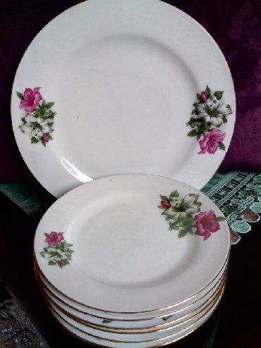 Kuhinjski setovi - Kraljevo: Porcelanski komplet za tortu nov. Velik tanjir precnik. 25,5. 6