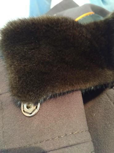 palto loreta в Кыргызстан: Продаю пальто!!!Ткань: КашемирВоротник: НоркаФирма: Loreta