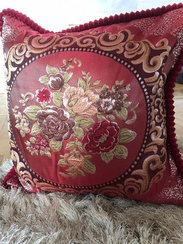 Kućni dekor - Srbija: Novo. Kraljevski stil